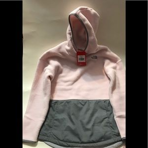NWT, The North Face, girls xl, pullover